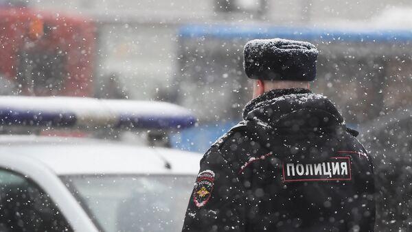 Moskvada polis əməkdaşı, arxiv şəkli - Sputnik Azərbaycan