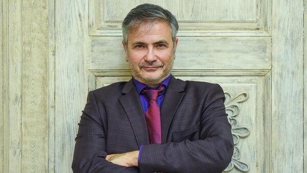 Глава отдела политики и прессы ЕС в Азербайджане Денис Даниилидис - Sputnik Азербайджан