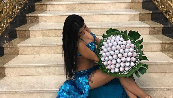 Известная азербайджанская исполнительница ориентальных танцев Рена Агамурадова - Sputnik Азербайджан
