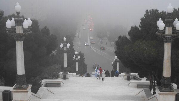 Туманная погода в Баку - Sputnik Azərbaycan