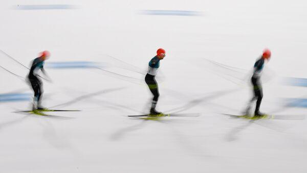 Лыжники на XXIII Зимних Олимпийских играх в Пхенчхане - Sputnik Азербайджан