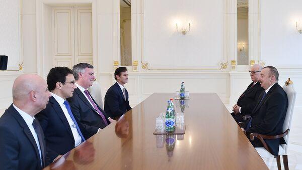 Президент Ильхам Алиев принял делегацию компании Boeing - Sputnik Азербайджан