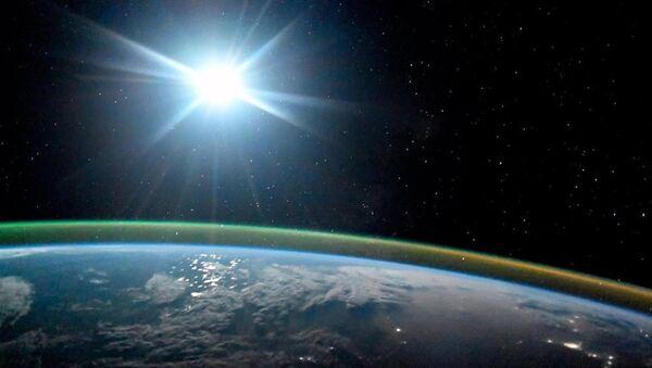 Планета Земля ночью, фото из архива - Sputnik Azərbaycan