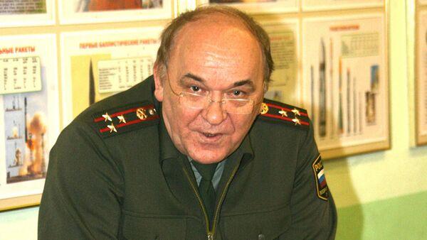 Российский эксперт, военный обозреватель, полковник в отставке Виктор Баранец - Sputnik Азербайджан