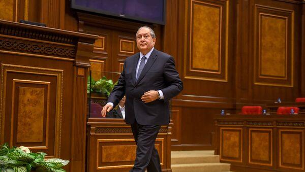 Ermənistan prezidenti Armen Sarkisyan - Sputnik Azərbaycan