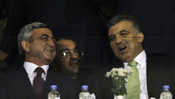 Serj Sarqsyan və Abdulla Gül, 14 oktyabr 2009-cu il - Sputnik Azərbaycan
