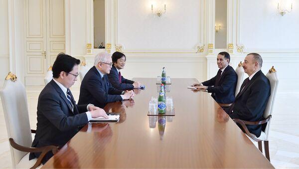 Президент Ильхам Алиев принял советника премьер-министра Японии по вопросам внешней политики - Sputnik Азербайджан