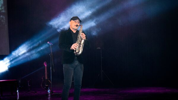 Концерт израильского музыканта J.Seven - Sputnik Азербайджан