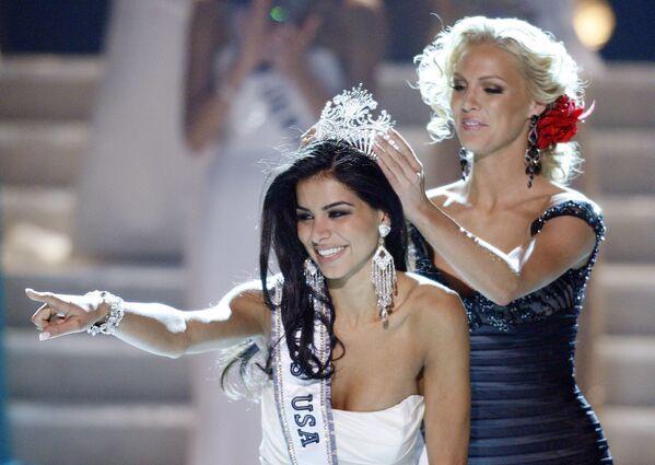 Победительница конкурса красоты Мисс США-2010 Рима Факих - Sputnik Азербайджан