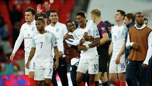 Футболисты сборной Англии - Sputnik Азербайджан