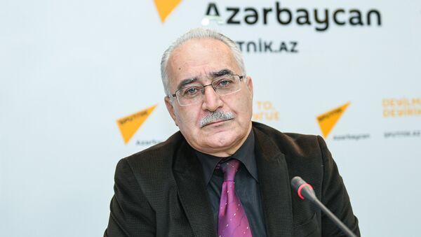 Художественный руководитель группы Савалан Новруз Новрузлу - Sputnik Азербайджан