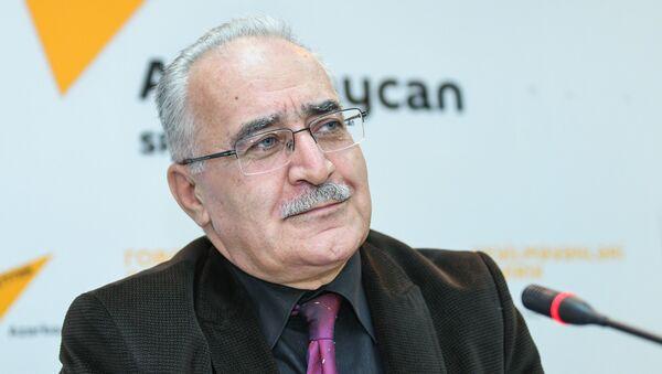 Savalan qrupun üzvü Novruz Novruzlu  - Sputnik Azərbaycan