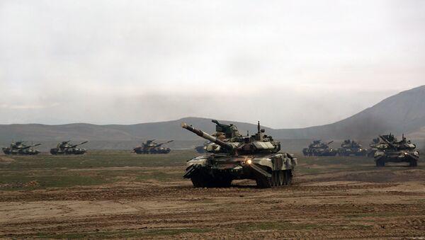 Широкомасштабные учения Азербайджанской Армии, архивное фото - Sputnik Азербайджан
