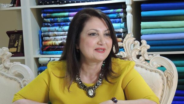 Известный азербайджанский дизайнер Егяна Садыгова - Sputnik Азербайджан