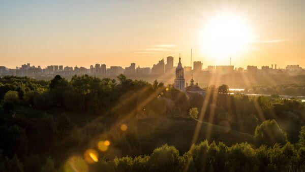 Солнечный рассвет, архивное фото - Sputnik Азербайджан