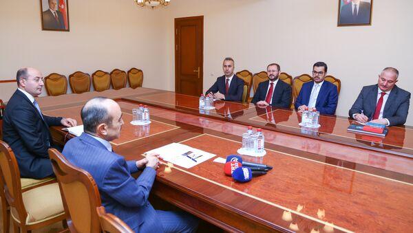 Али Гасанов на встрече с председателем Совета директоров и гендиректором агентства Анадолу Шенолом Казанджи и генеральным директором телеканала TRT Ибрагимом Эреном - Sputnik Азербайджан