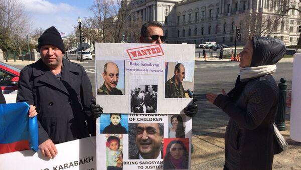 Акция протеста азербайджанцев в Вашингтоне - Sputnik Азербайджан