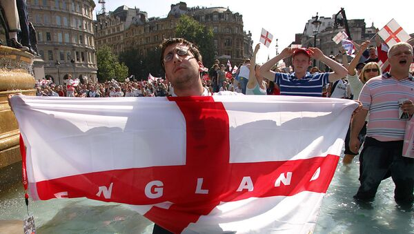 Болельщик сборной Англии по футболу - Sputnik Азербайджан