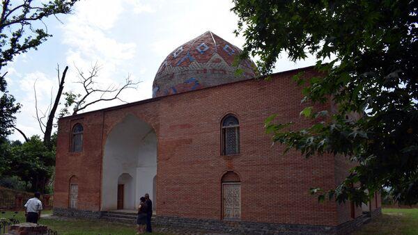 Мавзолей в селе Хазра Гусарского района - Sputnik Азербайджан