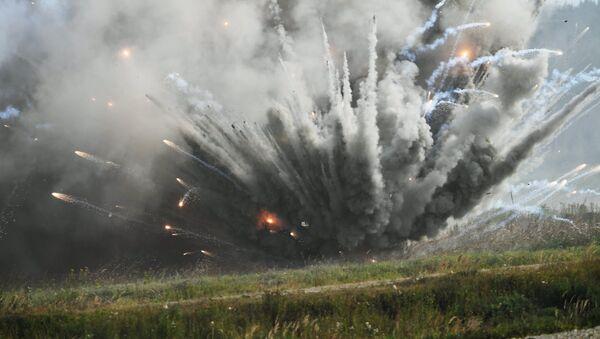 Взрыв, фото из архива - Sputnik Азербайджан