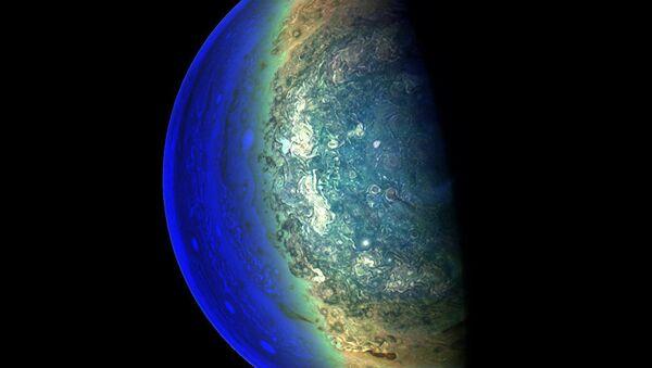 Южный полюс Юпитера - Sputnik Азербайджан