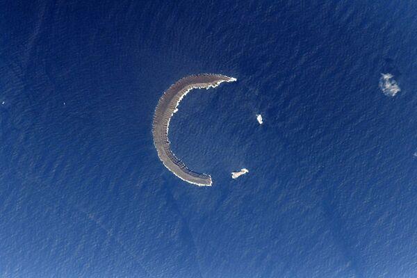Остров Тортуга - полумесяц в Тихом океане - Sputnik Азербайджан