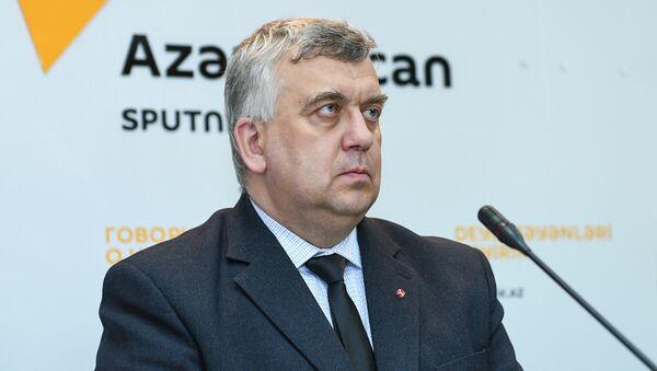 Rusiyalı politoloq Oleq Kuznetsov - Sputnik Azərbaycan