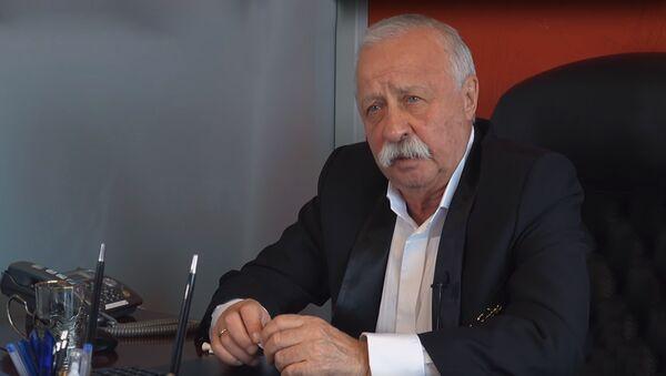 Российский ведущий Леонид Якубович - Sputnik Азербайджан