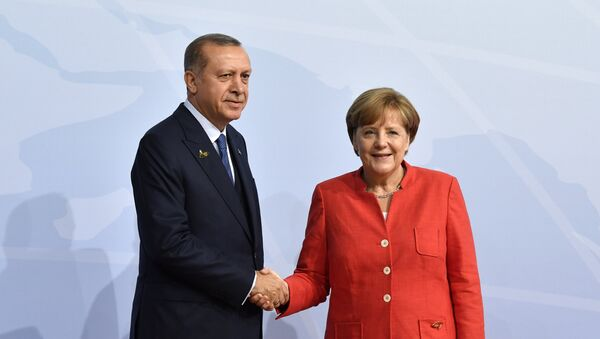 Angela Merkel Tayyib Ərdoğan - Sputnik Azərbaycan
