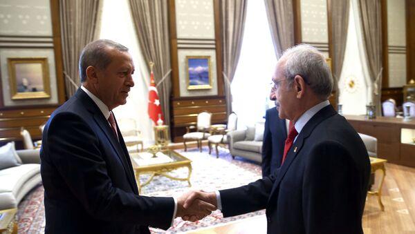 Rəcəb Tayyib Ərdoğan və Kamal Kılıçdaroğlu - Sputnik Azərbaycan