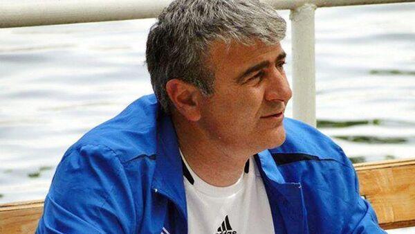 Главный тренер футбольного клуба Шахдаг Камран Алибабаев - Sputnik Азербайджан