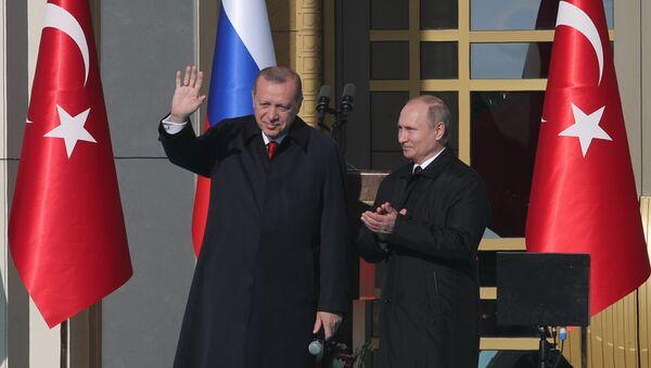 Владимир Путин и Реджеп Тайип Эрдоган в ходе старта запуска строительства первого блока АЭС Аккую - Sputnik Азербайджан