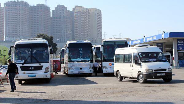 Старые пассажирские автобусы, архивное фото - Sputnik Азербайджан