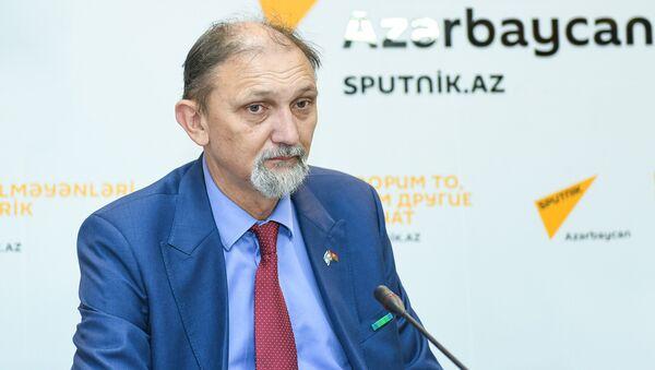 Израильский политолог Юрий Бочаров - Sputnik Azərbaycan
