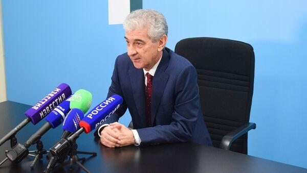 Заместитель премьер-министра Азербайджана Али Ахмедов, архивное фото - Sputnik Азербайджан