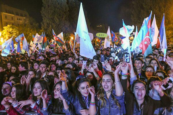 Концерт в честь победы Ильхама Алиева на президентских выборах - Sputnik Азербайджан