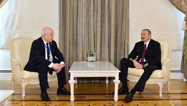 Президент Ильхам Алиев принял делегацию во главе с председателем Исполнительного комитета СНГ - Sputnik Азербайджан