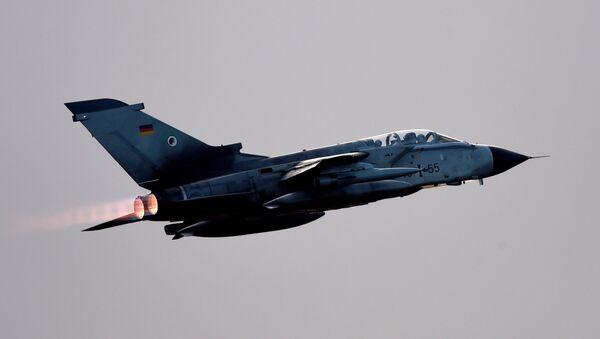 Истребитель Tornado ВВС Германии - Sputnik Азербайджан