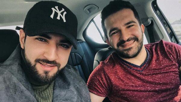 Российский певец азербайджанского происхождения Бахтияр Алиев и Эльман Зейналов - Sputnik Азербайджан