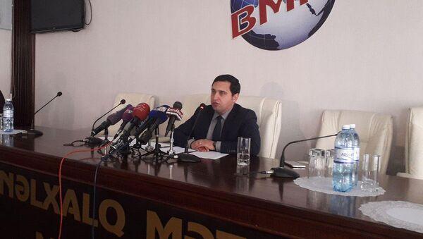 Помощник по политическим вопросам наблюдательной миссии БДИПЧ ОБСЕ Вугар Ахмедов - Sputnik Азербайджан