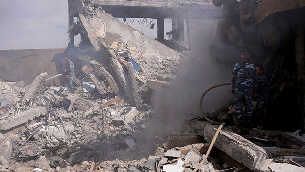 Разрушенный научно-исследовательский центр в Дамаске - Sputnik Азербайджан