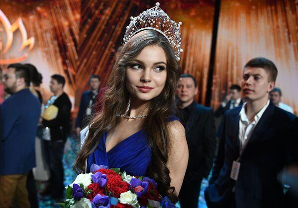 Мисс Россия 2018 Юлия Полячихина - Sputnik Азербайджан