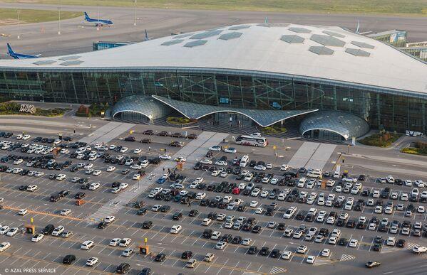 Международный аэропорт Гейдар Алиев с высоты птичьего полета - Sputnik Азербайджан
