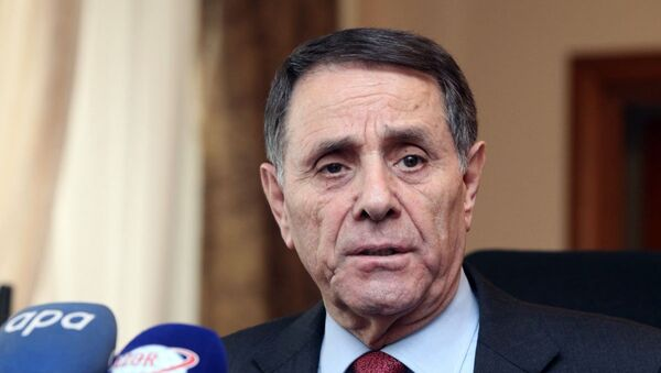Премьер-министр Азербайджана Новруз Мамедов - Sputnik Азербайджан