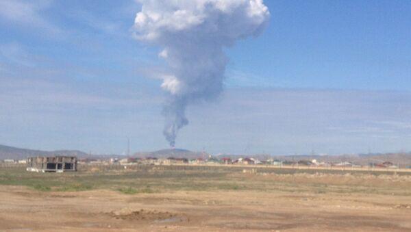 Извержение грязевого вулкана Торагай в Гарадагском районе Баку, 22 апреля 2018 года - Sputnik Азербайджан