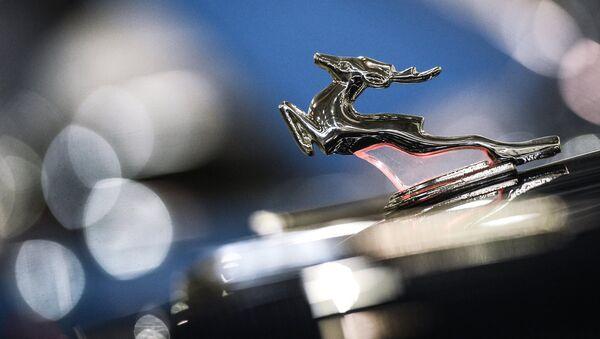 Автомобиль ГАЗ 21 на выставке Московское Тюнинг Шоу в международном выставочном центре Крокус Экспо в Москве - Sputnik Азербайджан