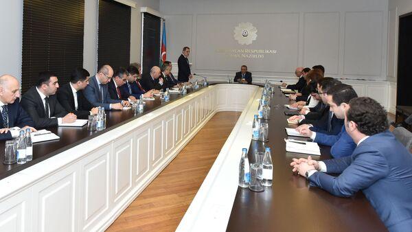 Новый министр образования представлен коллективу ведомства - Sputnik Азербайджан