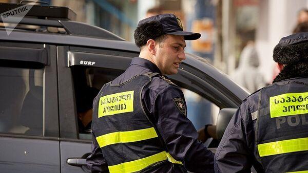 Сотрудники патрульной полиции в Тбилиси, фото из архива - Sputnik Азербайджан
