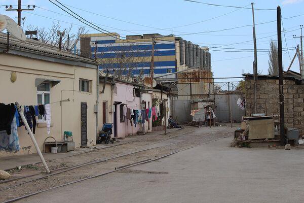 Keşlə qəsəbəsində yerləşən Şanxay adlanan ərazidəki hazırkı vəziyyət - Sputnik Azərbaycan