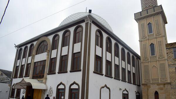 Quba şəhərində yerləşən Ağ məscid - Sputnik Азербайджан